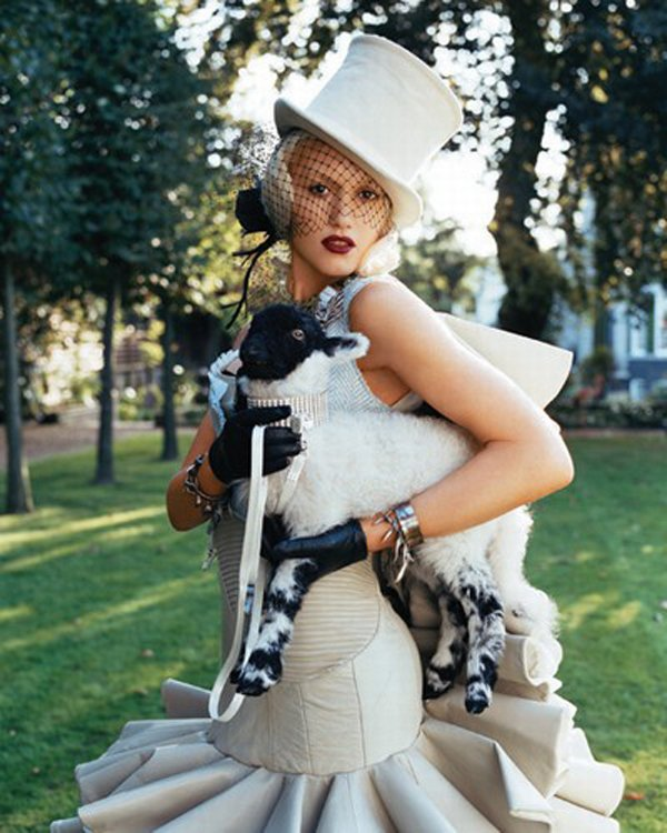 Totally Clueless: Gwen Stefani- What You Waiting For..Tick