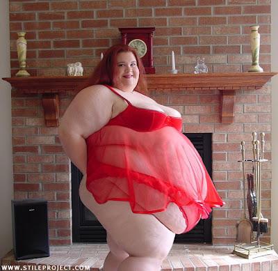 Fat Woman In Lingerie 40