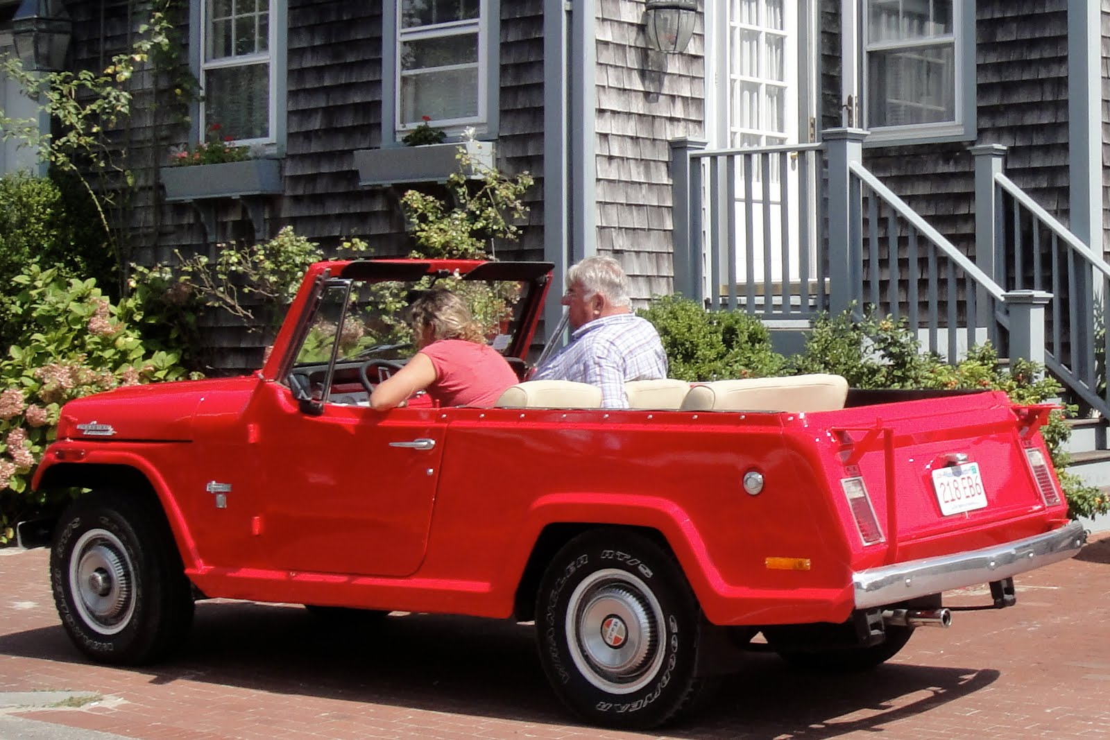 Preppy Cars: Preppy Handbook Take Notice: The Nantucket Beach Cars