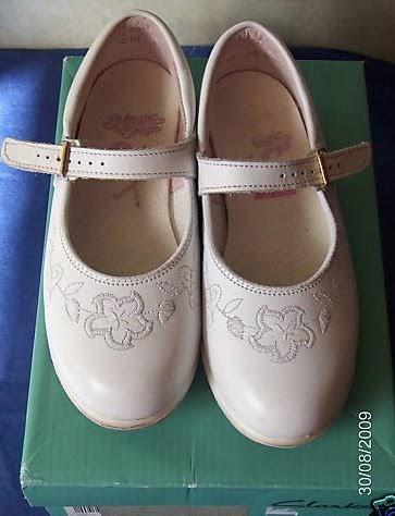 Clarks Magic Steps Shoes Advert