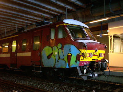 Clin graffiti art
