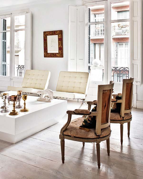 Eclecchic moderno viejo for Moderno furniture