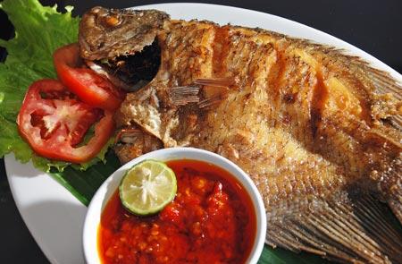 Sambal Cobek Ikan Mas