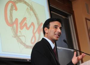 Senior U.N. official Craig Mokhiber speaks about human rights law at the 2009 MIT/Harvard Gaza Symposium. Image by Karen L. Ding at the Harvard Crimson