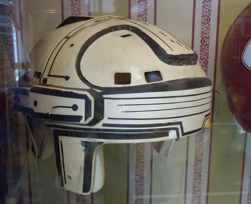 Tron warrior helmet worn by Jeff Bridges