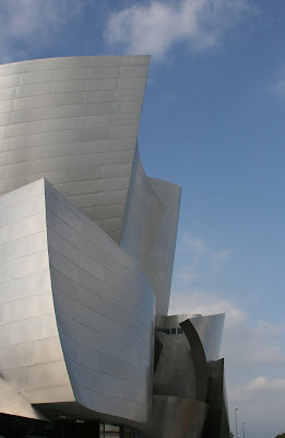 Walt Disney Concert Hall's amazing design