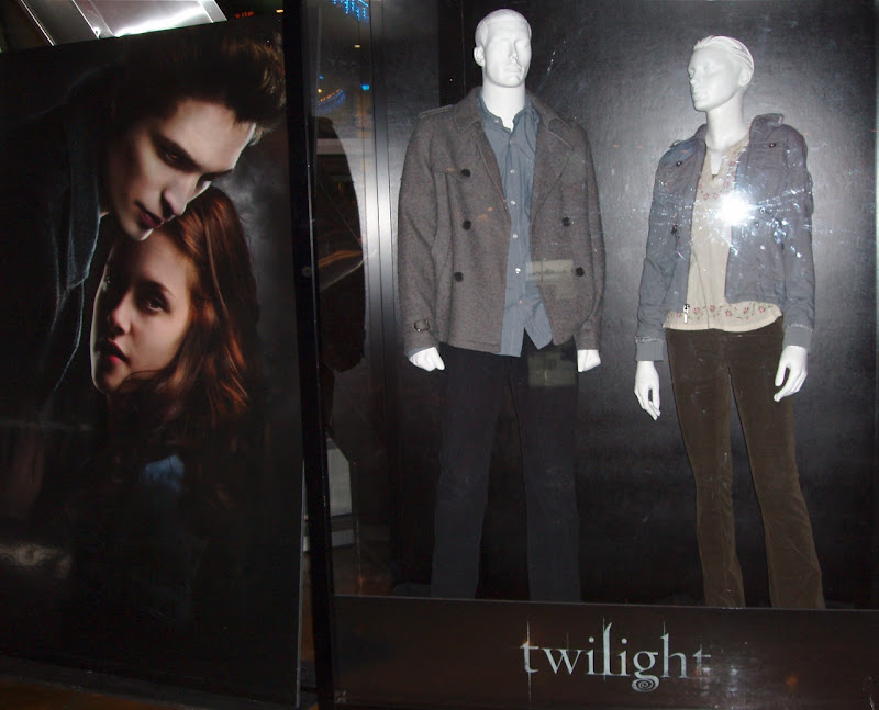 Original Twilight movie costumes
