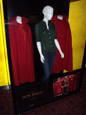 Kristen Stewart's Bella Italy outfit from Twilight New Moon