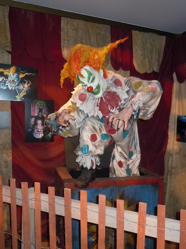 Universal Halloween Horror night clown