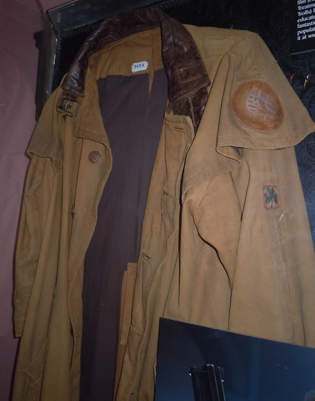 Hellboy 2 trench coat