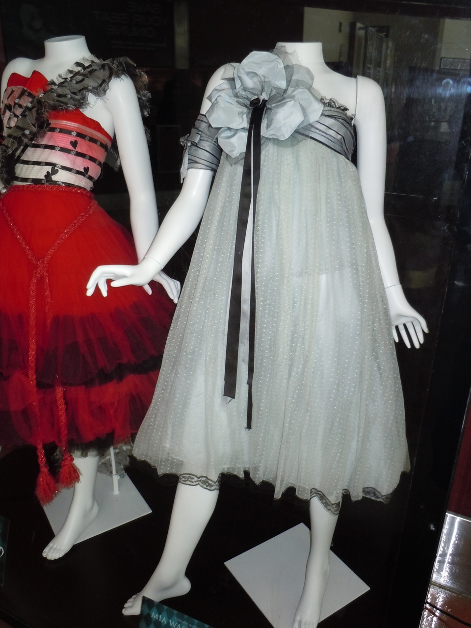 Alice in wonderland dress buy