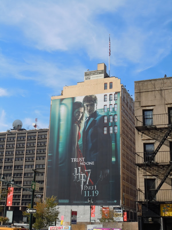 Harry Potter 7 Trust No One billboard NYC