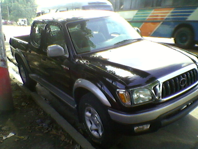 los usados sv toyota tacoma 2003 doble cab 4x4 automatica full xtras. Black Bedroom Furniture Sets. Home Design Ideas
