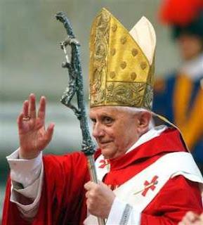 Đức Thánh Cha Benêdictô XVI