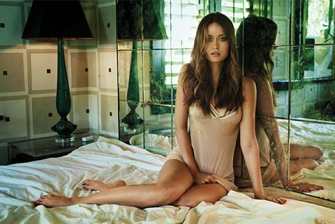 summer glau topless