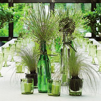 Natural modern interiors ideas for reusing and recycling for Glass bottle display ideas