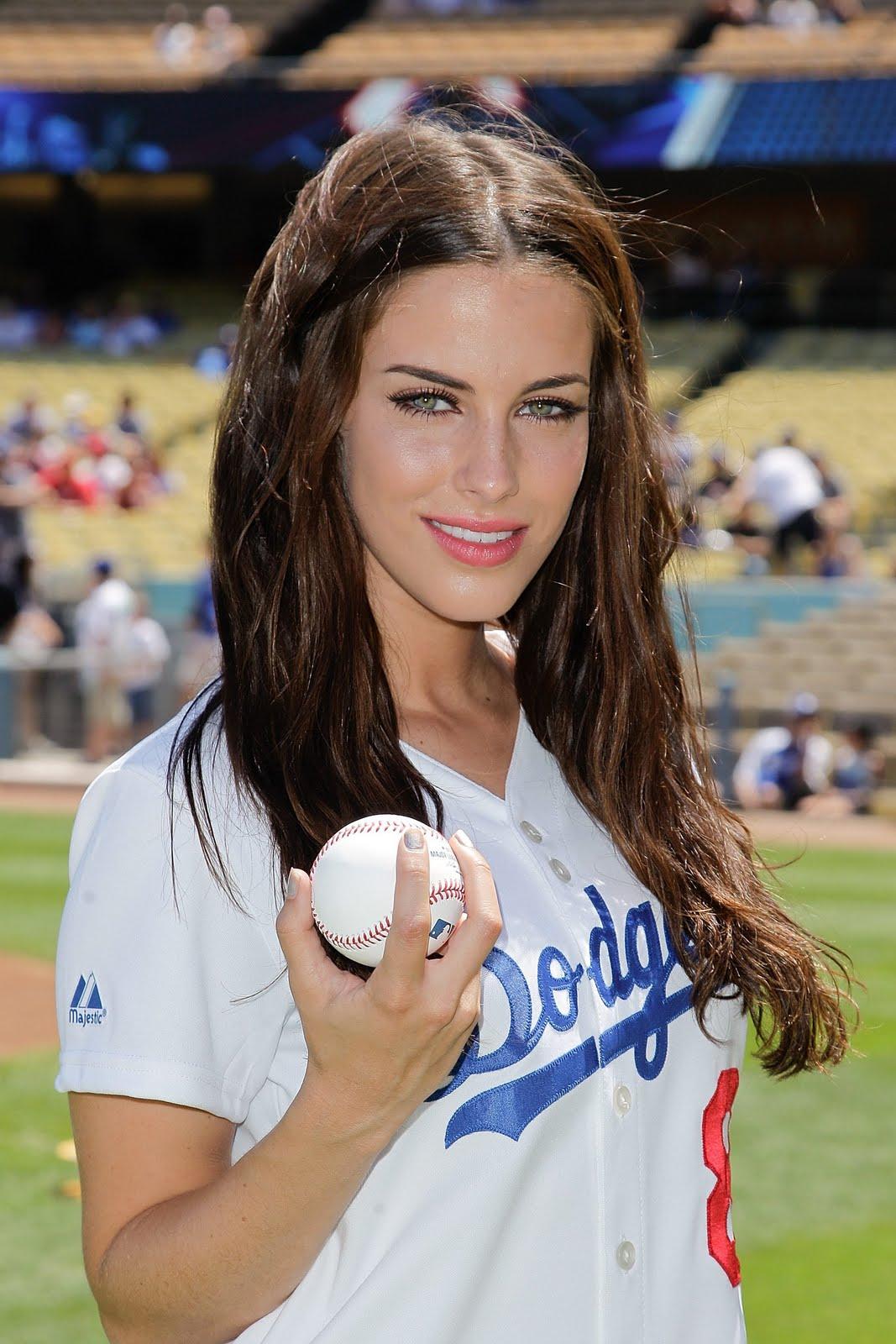 Gossip Freak 90210 Cast At Dodgers Stadium