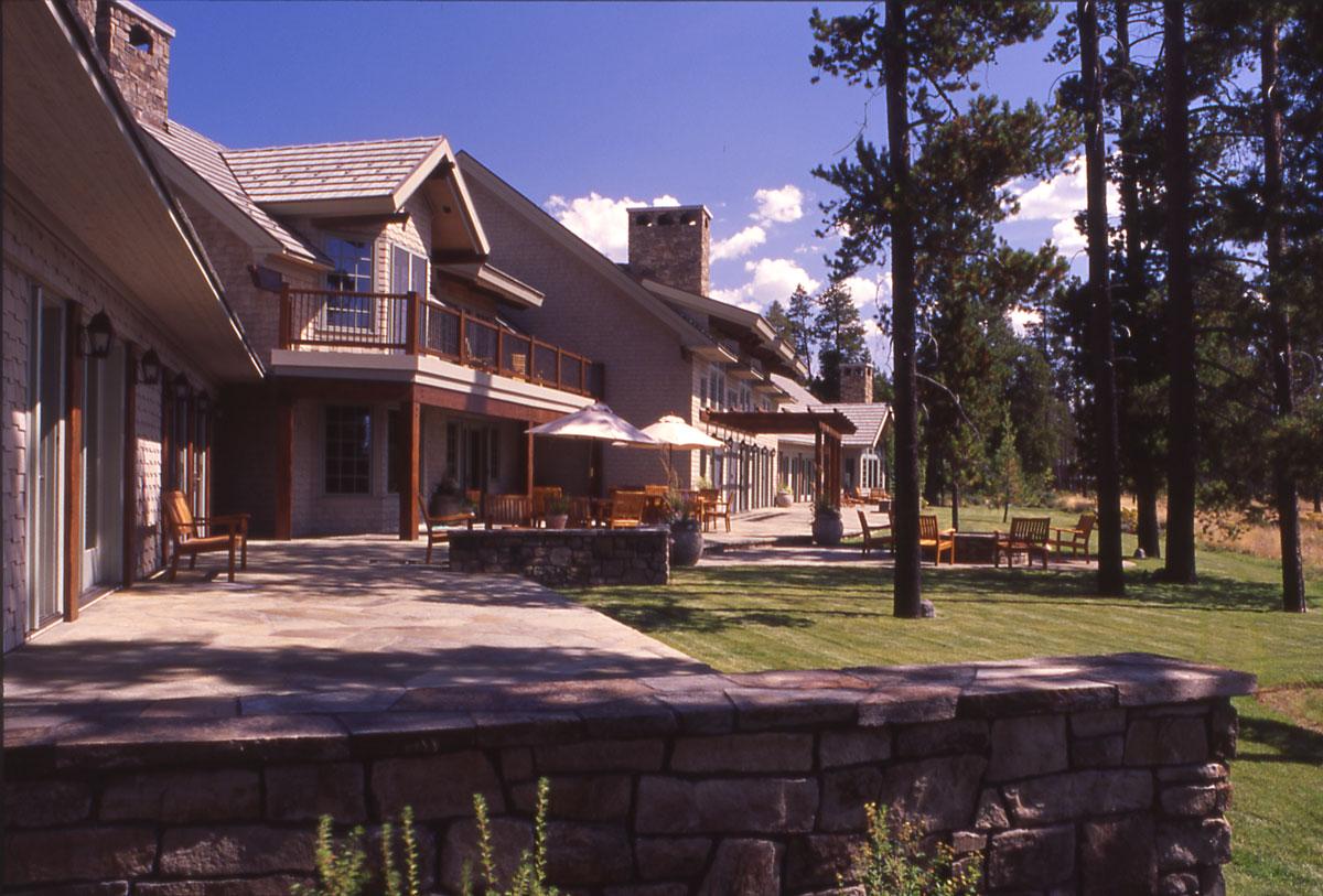 Mcm Design Oregon Mountain Home