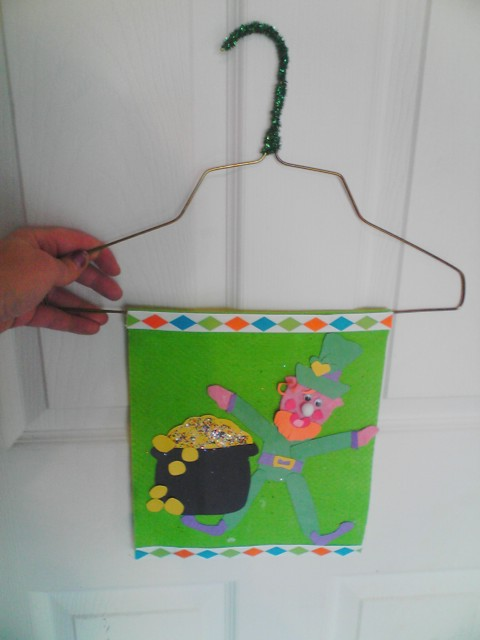 St. Patrick's Day Parade Banner Craft and Fun Leprechaun Ideas