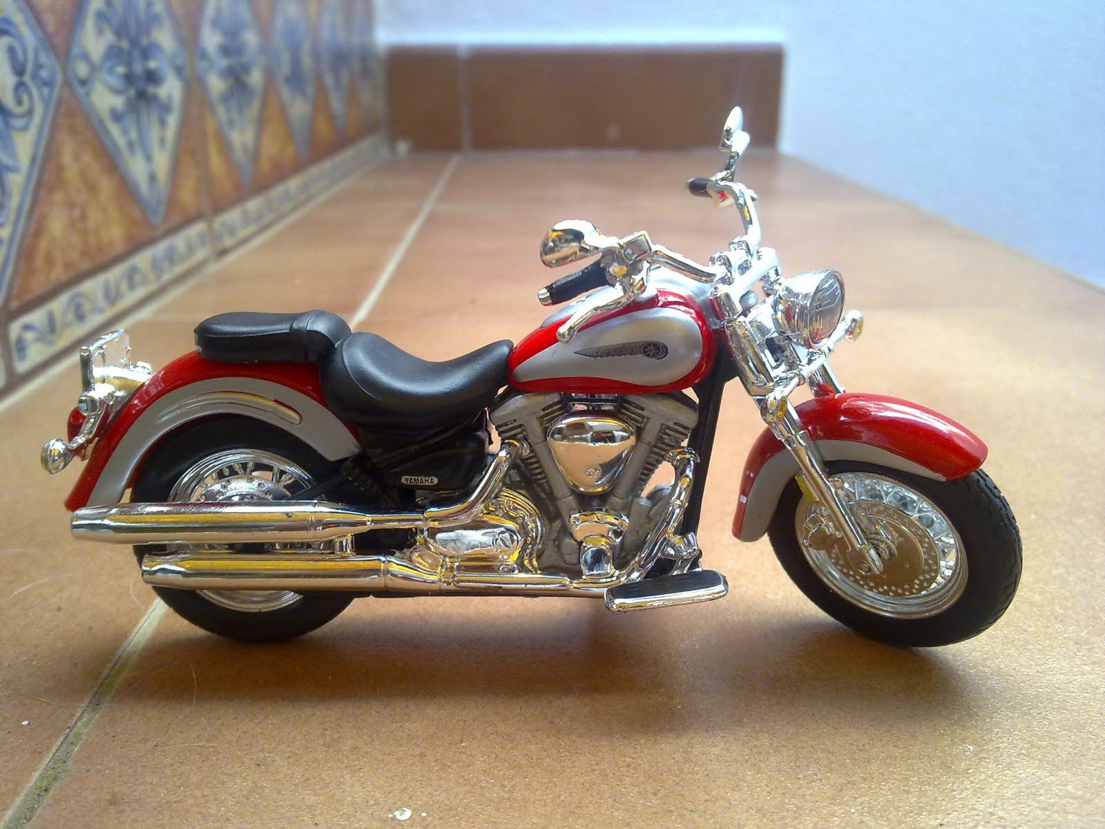 colecci n motos escala 1 18 yamaha drag star 1100 2007. Black Bedroom Furniture Sets. Home Design Ideas