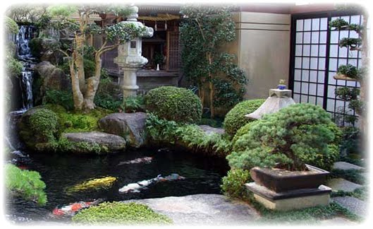 Japanese garden koi pond for Koi pond japan