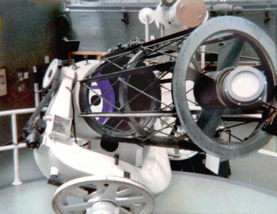 The Newtonian Reflector Telescope Astromic S Backyard