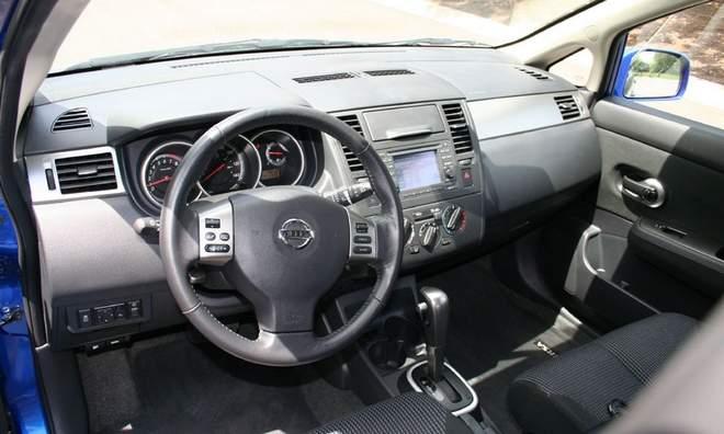 2010 Nissan Versa 1 8 Sl Hatchback