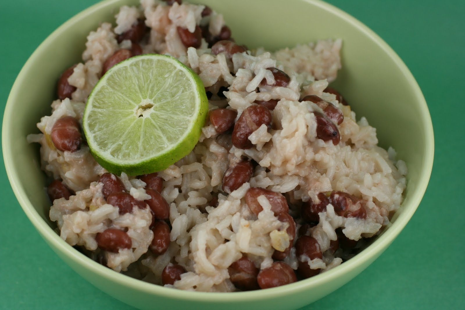 slow cooker coconut red beans and rice recipe a year of. Black Bedroom Furniture Sets. Home Design Ideas