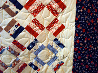 Anna's folksy Patriotic quilt with stars and loops pantograph - QuiltedJoy.com