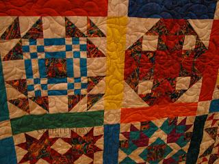 Cascade Pantograph on a BOM quilt - QuiltedJoy.com