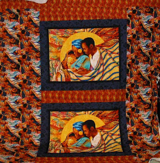 Panel Quilt with quilting by Angela Huffman - QuiltedJoy.com