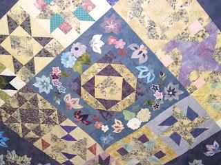 Design Ideas for a Floral Sampler Quilt - QuiltedJoy.com