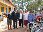Takeo Team who Distributed Bikes