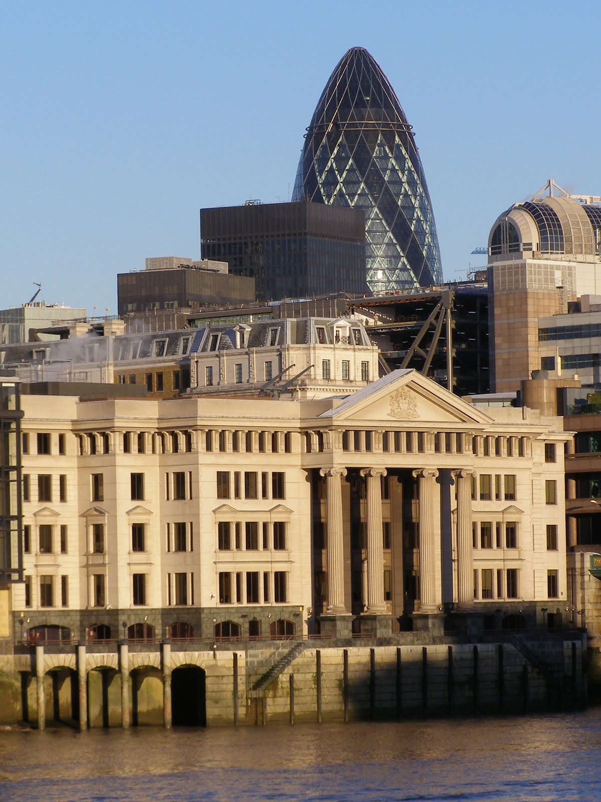 Photography novices names london buildings, quiz near london bridge