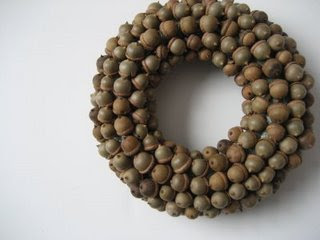 Acorn Crafts and an Acorn Wreath