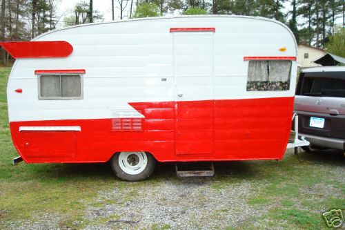 Im Always Surfing The Internet Looking At Vintage Trailers And Campers Information On How To Restore Them I Think Would Go With A Pastel Color