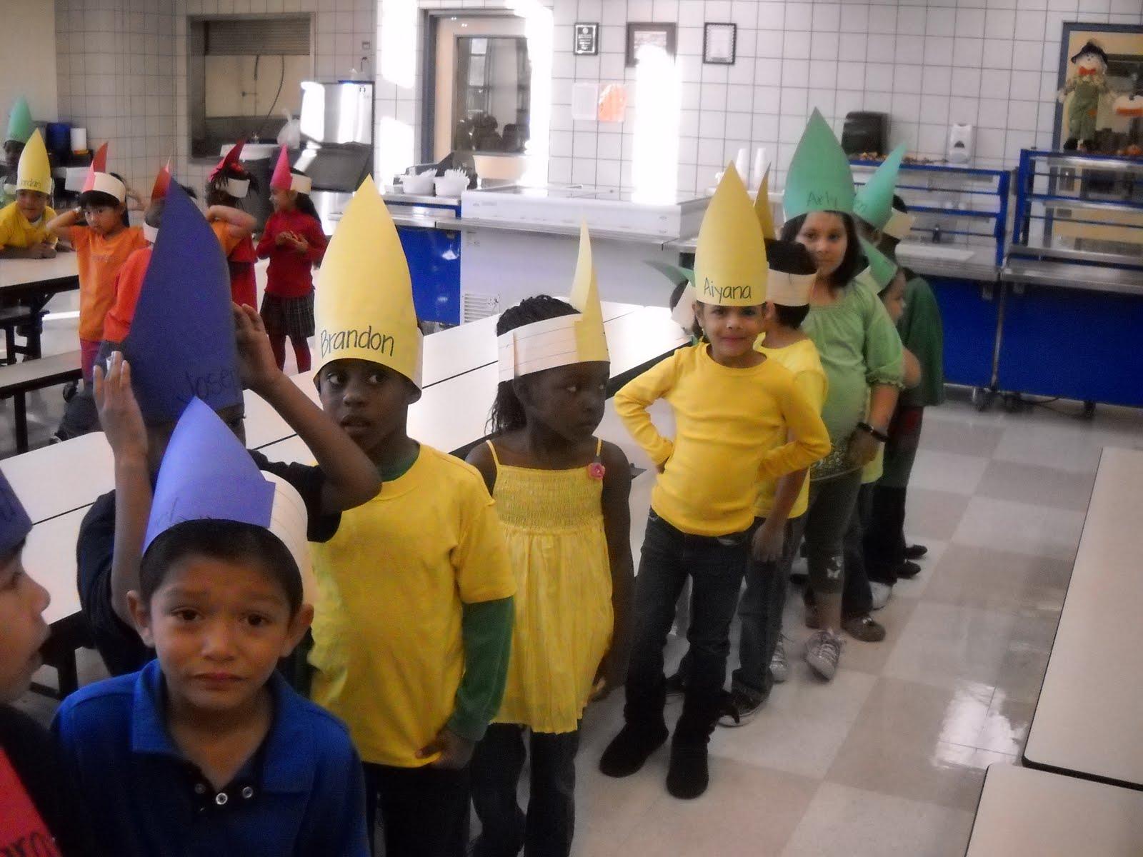 Kinder Garden: Mrs. Wood's Kindergarten Class: Book Character Parade