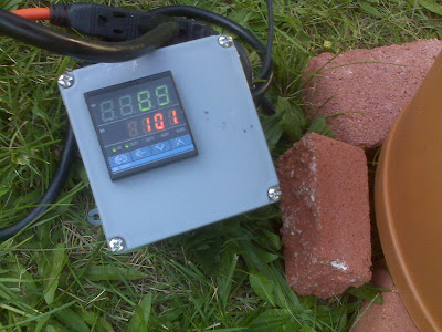 Castle Bravo: Home made electric smoker with PID feedback