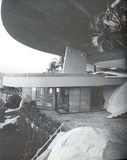 Casa Arango. John Lautner.