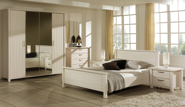 le centre fran ais du meuble chambre a coucher adulte. Black Bedroom Furniture Sets. Home Design Ideas