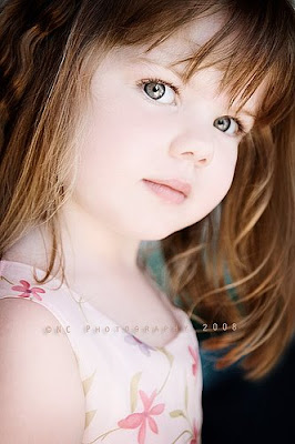 Very Cute Baby Mobile Wallpaper Cute Kids Photos