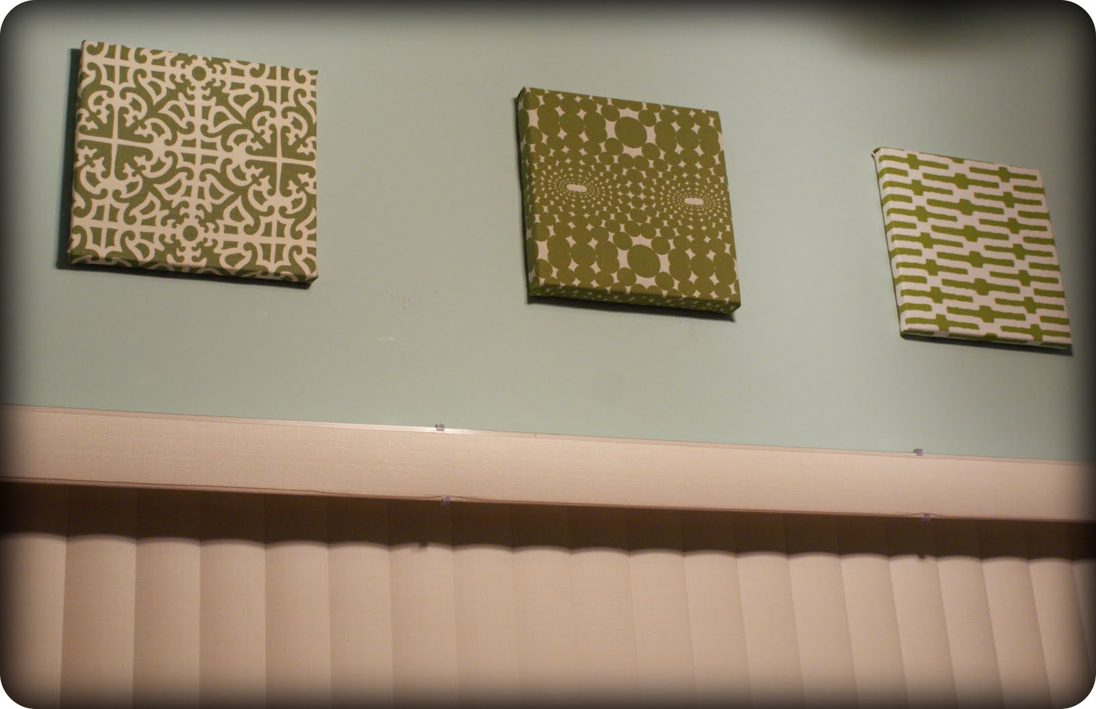 Fabric Wall Art DIY; My Retro Kitchen