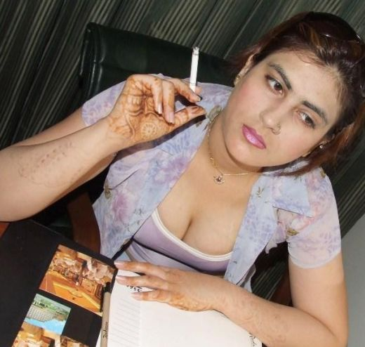 Ramuan: Desi Girl Hot Photo