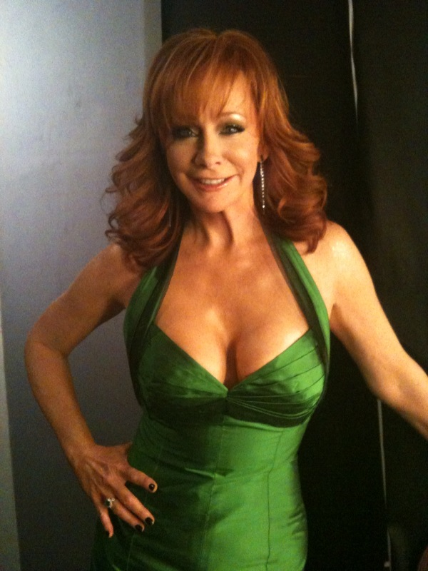 Reba Red Dress Pictures 71