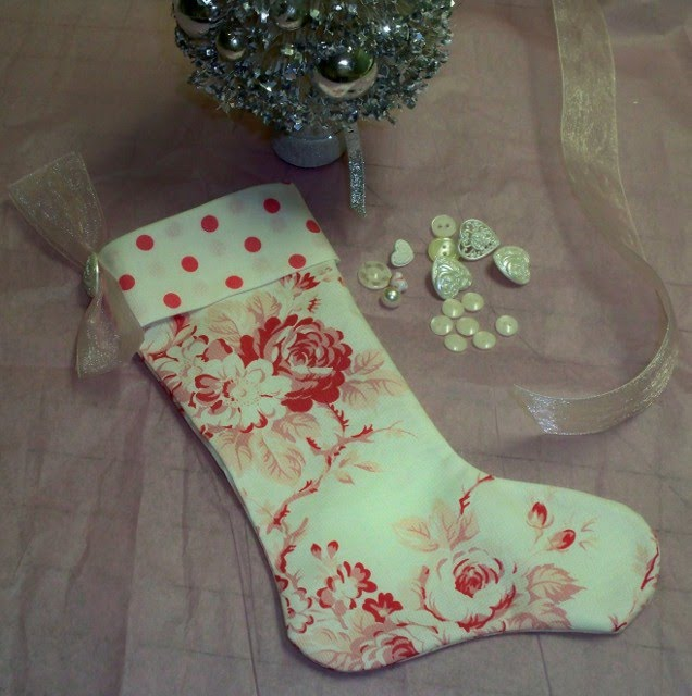 d645c42d842 My Life at Pansy Cottage and Garden  Christmas Stocking Tutorial