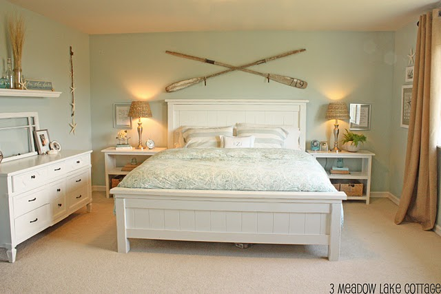 Coastal Cottage Bedroom Ideas: { All Things Bright And Beautiful }: Vacation In A Bedroom