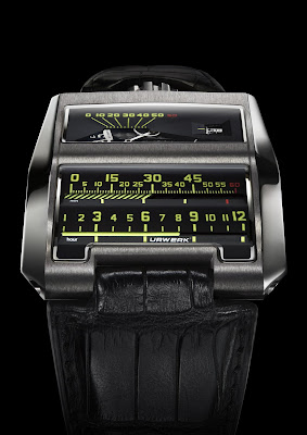 Urwerk linear wristwatch