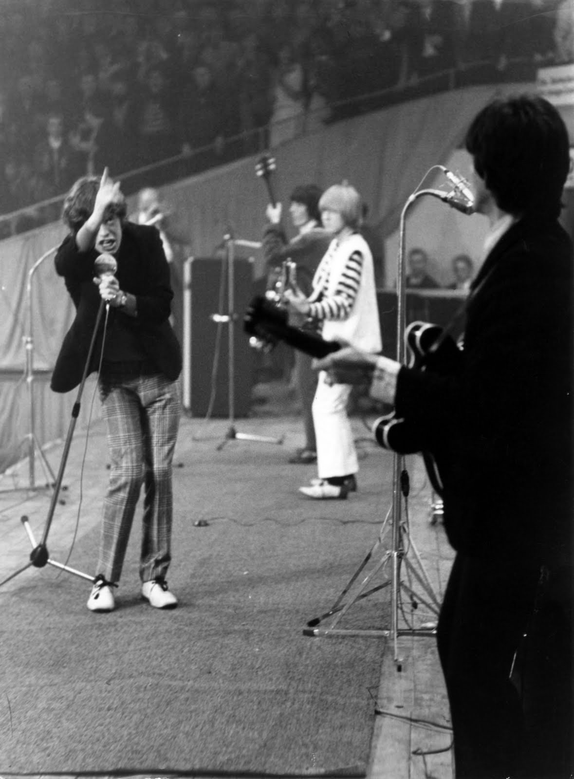 Thehoundblog The Secret World Of The Rolling Stones The