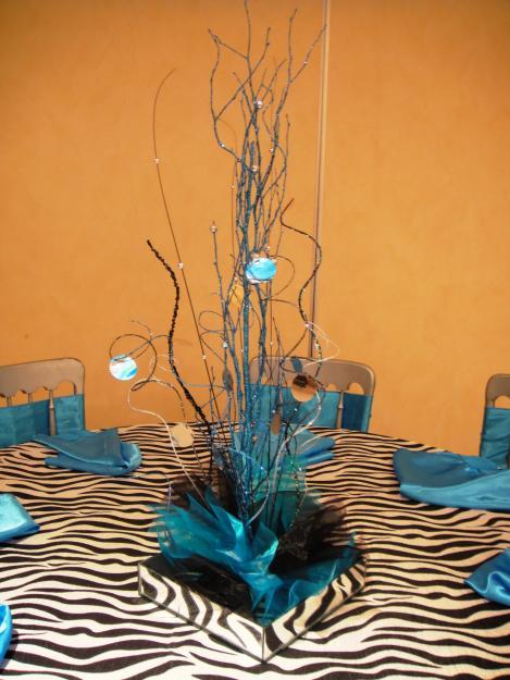 Las mejores decoraciones centros de mesas for Adornos navidenos para xv anos