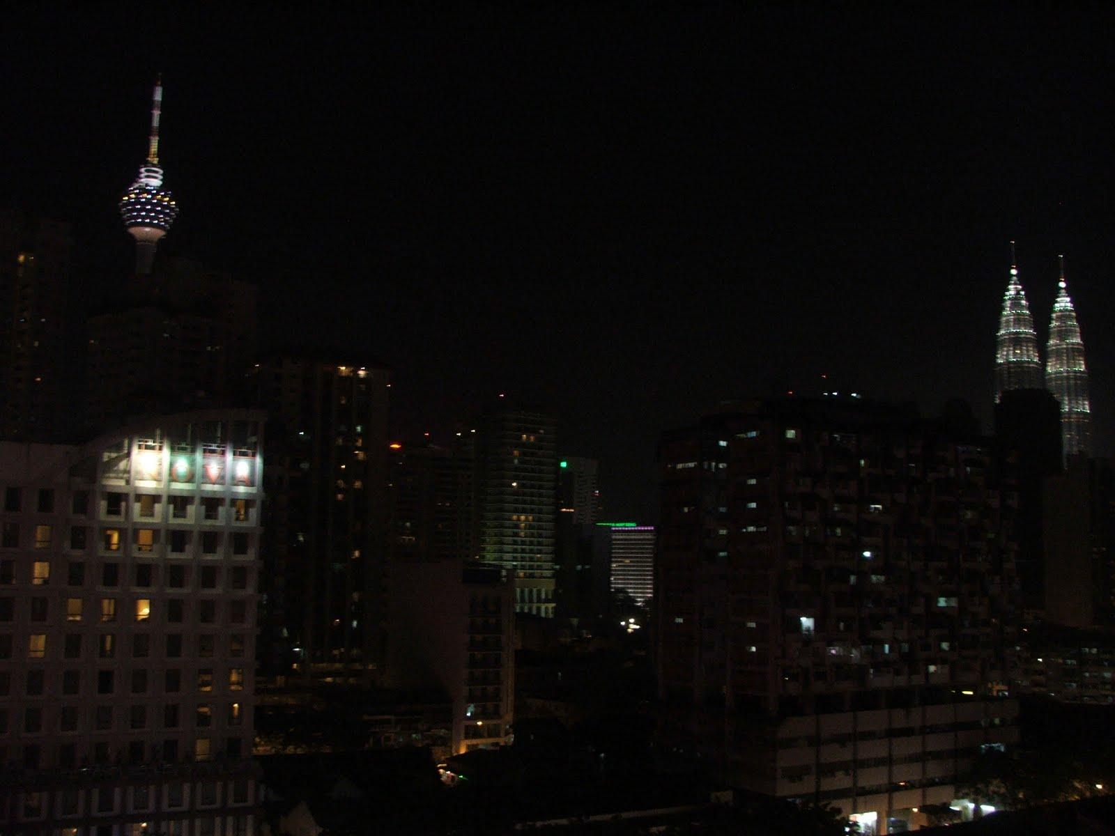 2560x1024 singapore night petronas - photo #29